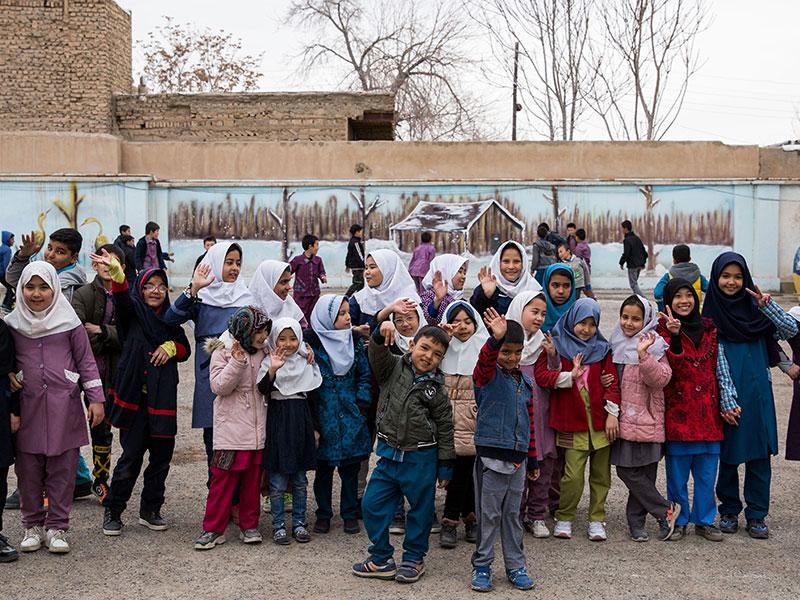 آغاز ساخت مدرسه سه کلاسه روستای شعیب آبادِ پیشوا توسط موسسه خیریه نیک گامان