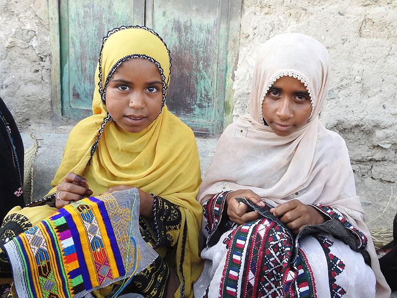 حصیربافی در روستاهای شهرستان دور دستِ فنوج بلوچستان