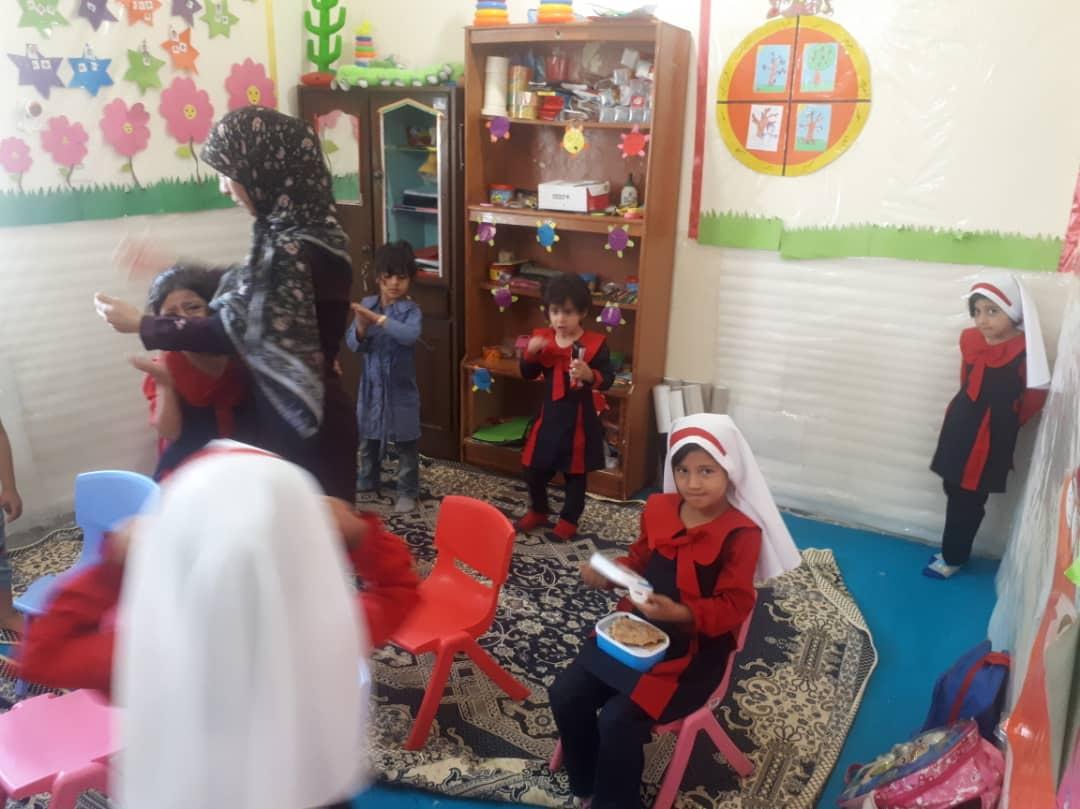 بازسازی و تجهیز روستامهدف استان کرمان، شهرستان منوجان، روستای حسین آیاد، مهد یاس