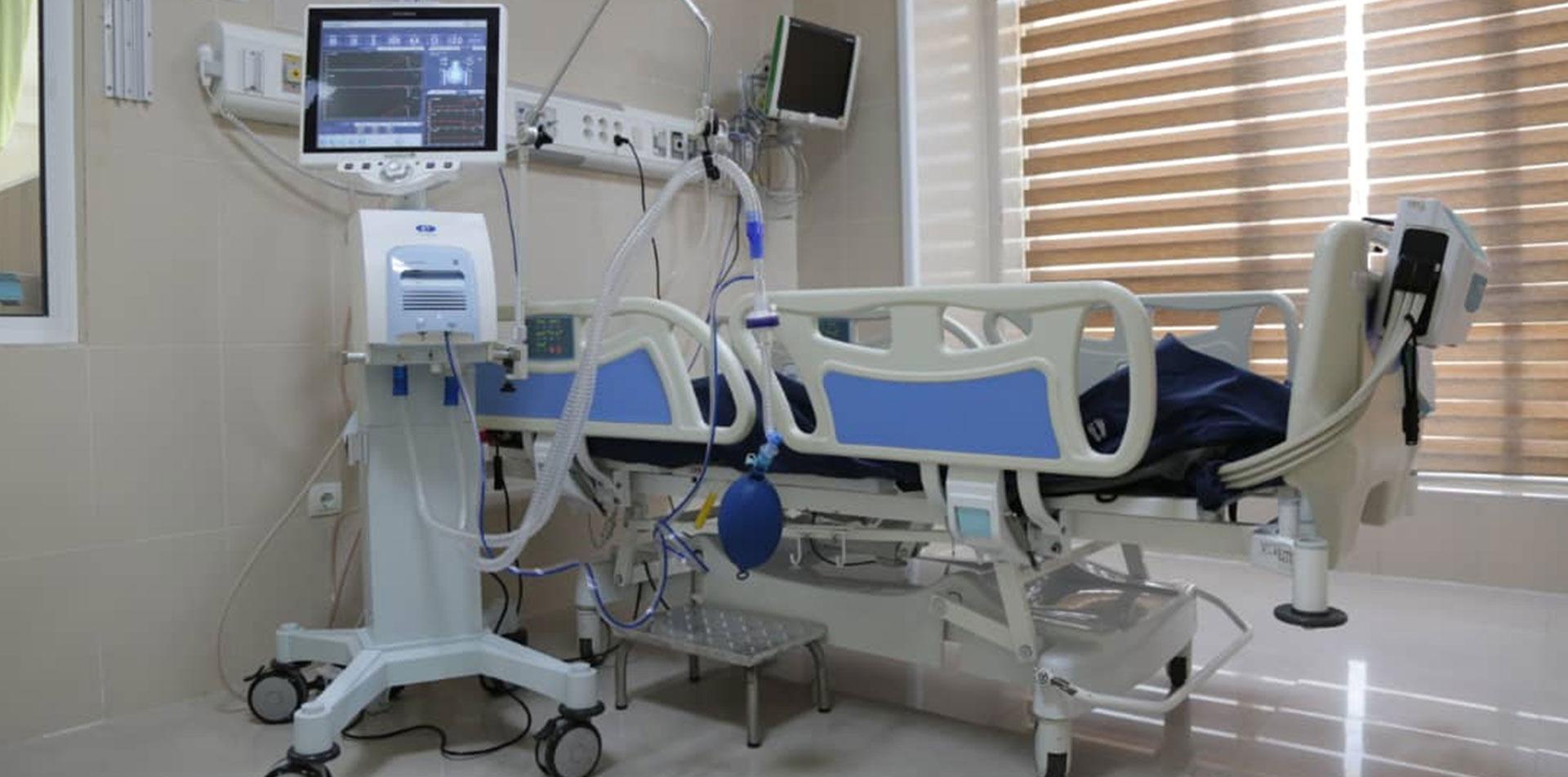 تهیه و توزیع 27 دستگاه ونتیلاتور و سایر دستگاه ها و تجهیزات مورد نیاز بیمارستان های سانتر کرونا